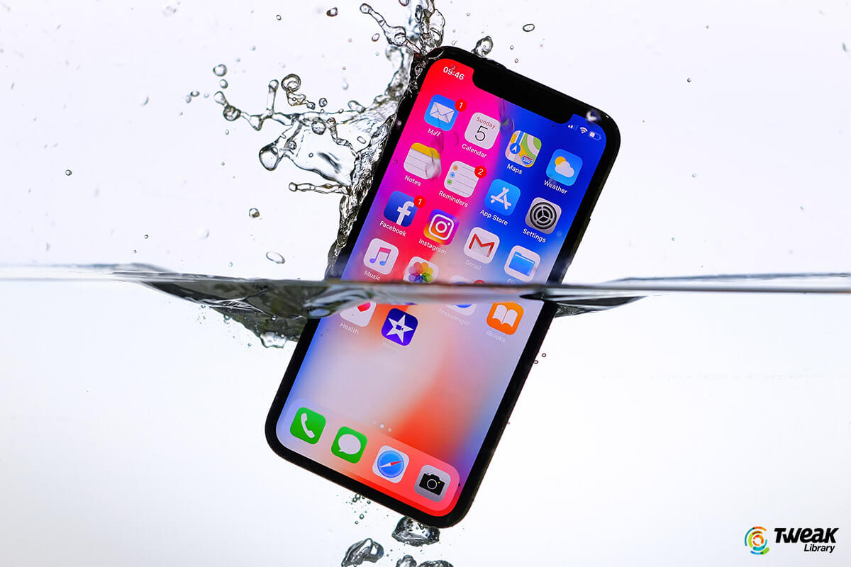 How To Eject Water from An iPhone and Improve Sound Quality